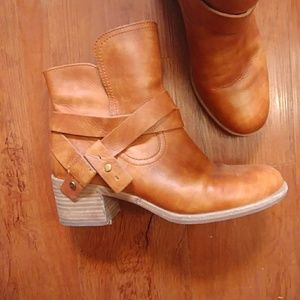 UGG Shoes - Ugg Elora